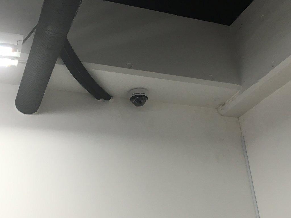 事務所カメラ