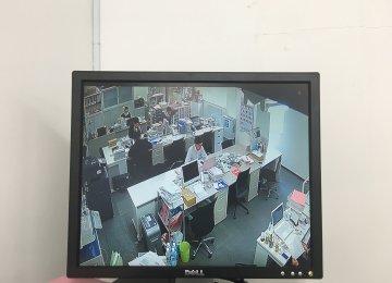 事務所にカメラ設置