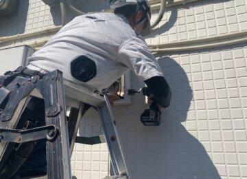 屋外収容BOX冷却ファン設置